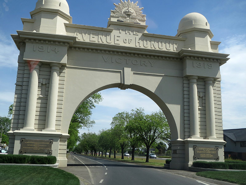 Arch of Victory Ballarat - J Burrell photo